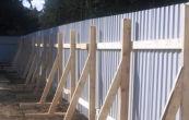 Установка временного ограждения строительной площадки. Забор для стройки своими руками