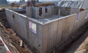 Устройство монолитных стен для частного дома. Технология возведения своими руками