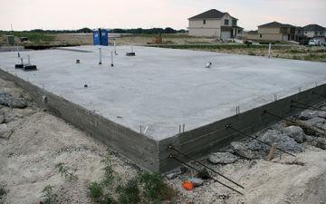 Монолитная плита фундамента своими руками. Как правильно залить плитный фундамент под частный дом?